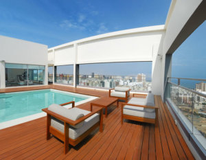 dazzler-hotel-pool