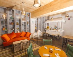 hotel-el-mercado-lounge