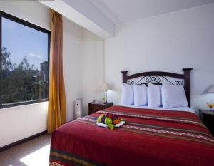 hotel-san-agustin-posada-monasterio-dormitorio-tipo-3